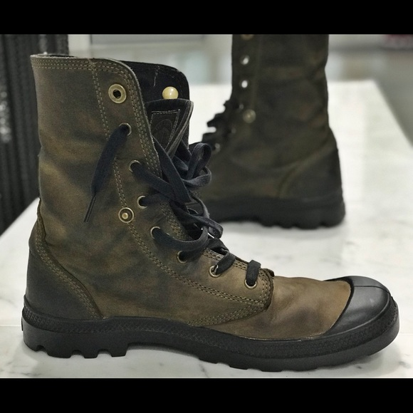 f961aa82ef8 Palladium Men's Baggy Leather Boot